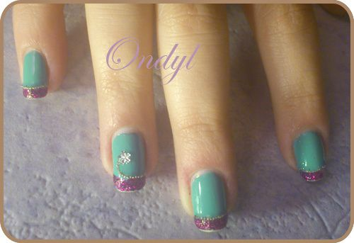 glittered-pink-and-seagreen-french-manicure-0442.jpg