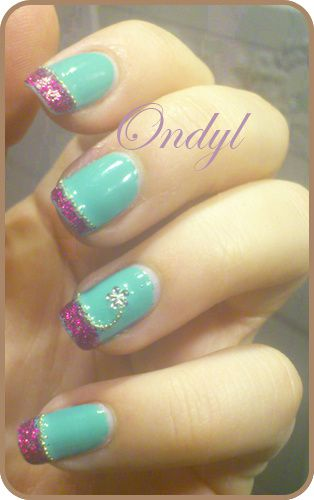 glittered-pink-and-seagreen-french-manicure-0443.jpg