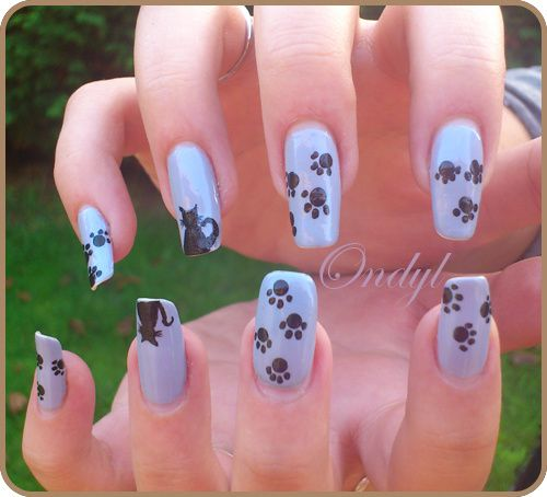 little-cats-on-nails-0405.jpg