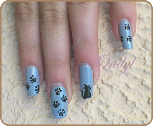 little-cats-on-nails-0418.jpg