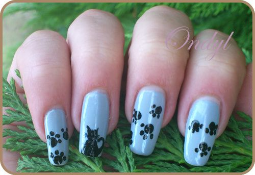 little-cats-on-nails-0422.jpg