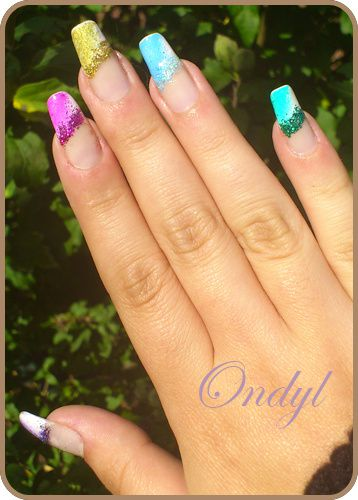 multicolored-glittred-nails-0390.jpg