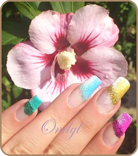 multicolored-glittred-nails 0396