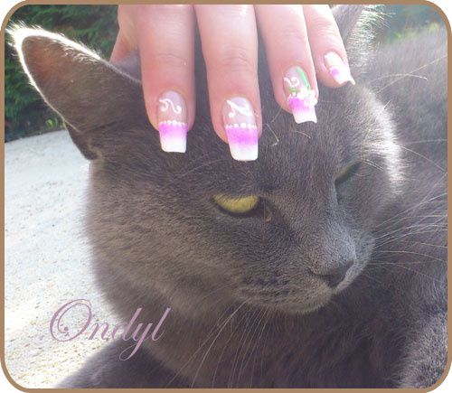 pink-french-manicure-with-3d-flowers 0388