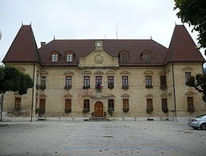 hotel_de_ville_de_Morteau.jpg