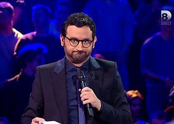 cyril hanouna suspens