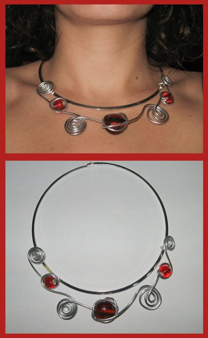 montage collier rouge
