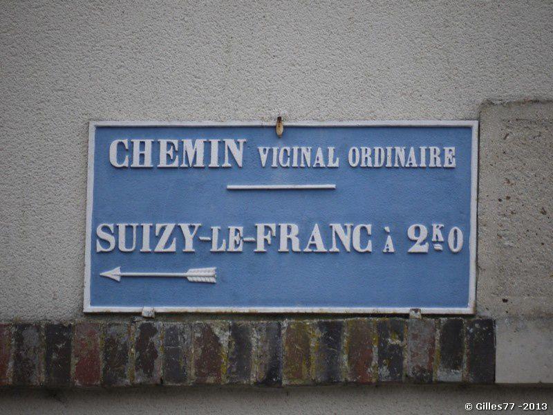 51 MAREUIL EN BRIE Angle rue de la Fontaine - D11 rue des