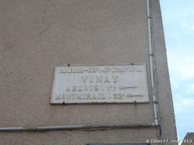51 VINAY 29 rue Roger Thomas D11