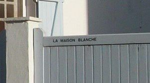 Orvilliers Maison Blanche gros plan