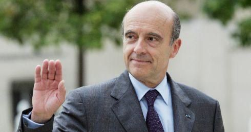 Juppe-candidat-a-sa-succession-a-Bordeaux-DDM.jpg