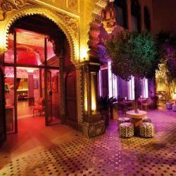 Marrakech-people-et-1000-et-une-nuits.jpg