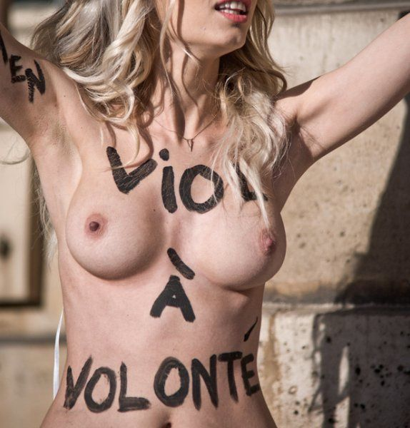 femen-a-paris1-contre-l-tournantes.jpg