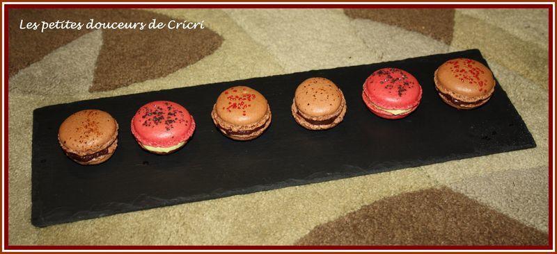 Macarons_rouge_noir_3