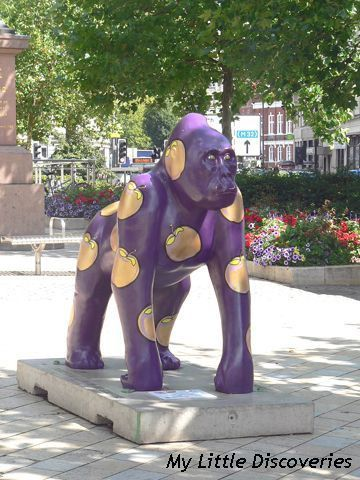 Gorilla violet