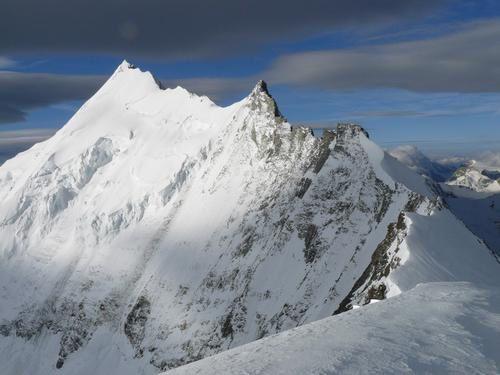 Weisshorn-Bishorn-photo-guillaume-ledoux-apoutsiak-refuge-de-tracuit.jpg