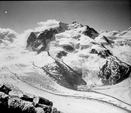Monts Roses 1955 pointe Dufour Nordend