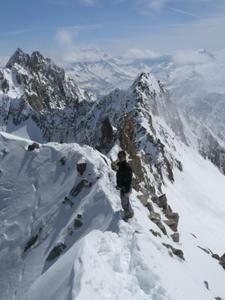 Raid---ski-bivouac-de-l-envers-a-Grande-Lui-ar-te-