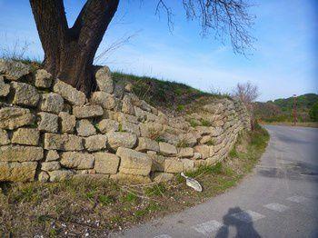 mur-pierre-seche-affaisse-P1010613.JPG