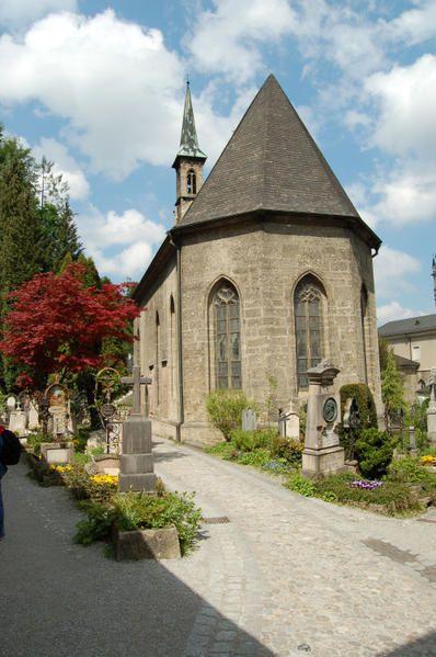 Chapelle-Ste-Marguerite--cimeti-re-St-Pi