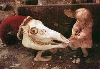 Jan-Svankmajer-Alice-in-Wonderland