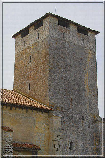 Nombre de châteaux ne possédaient pas une belle tour !