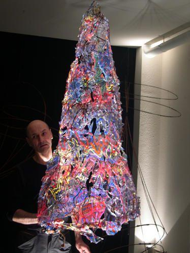 lili-oto cône de lumière artiste plasticien