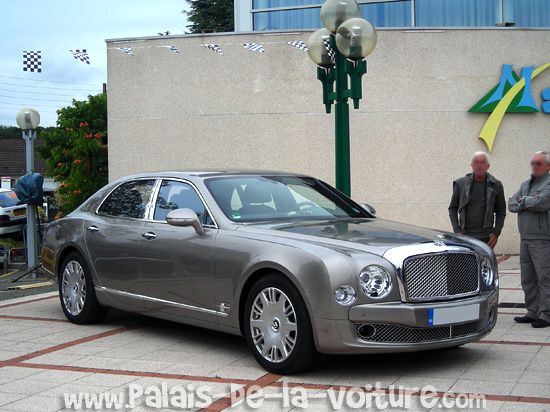 DSCN8337-Bentley-Mulsanne-2010.JPG