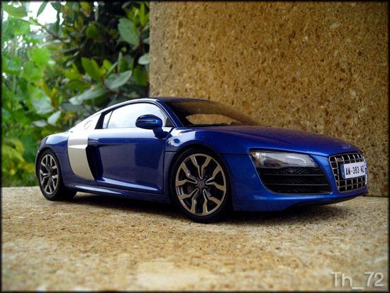 Audi_r8_v10_coupe_kyosho_3.jpg