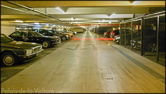 DSCN2903_parking_foch.JPG