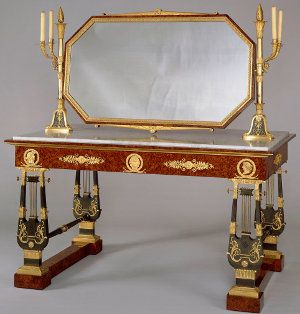 Table de Toilette Tuileries300