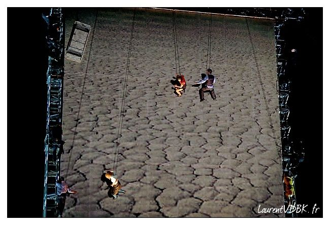 Viva-Cite-2013---Wired-Aerial-Theater---As-the-copie-8.jpg