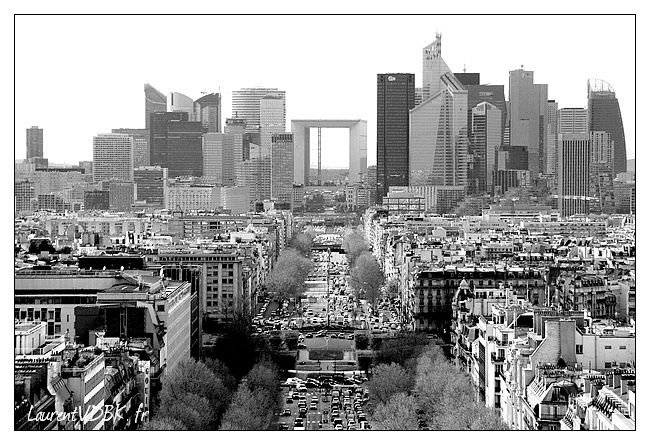 Vue du haut de l'Arc de Triomphe 0002