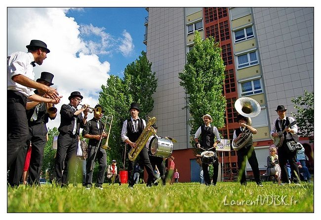 Viva-Cite-2014---Zygos-Brass-Band---Nola-2nd-Line---0002.jpg
