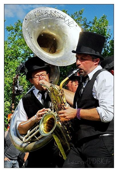 Viva-Cite-2014---Zygos-Brass-Band---Nola-2nd-Line---0005.jpg