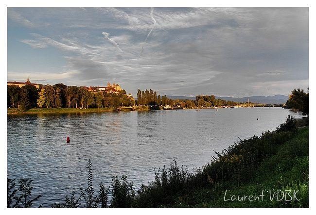 Alsace - Breisach am Rhein (Vieux Brisach) - Rhin 0001