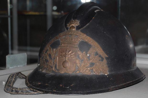 ancien casque pompier estagel