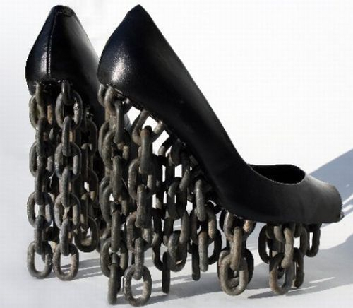chain-shoes.jpeg