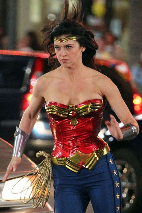 Adrianne-Palicki-Wonder-Woman-2.jpeg
