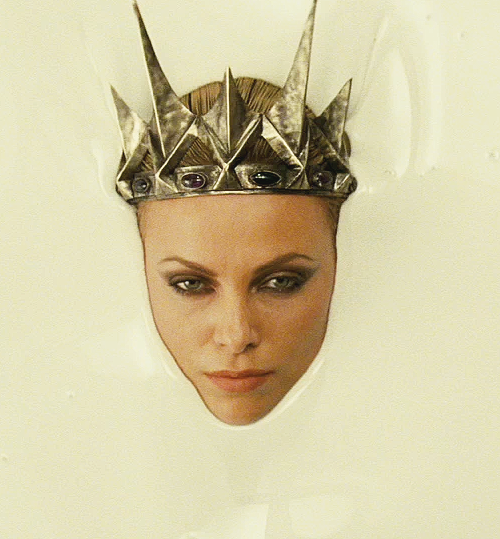 fcharlize-theron-blanche-neige.png
