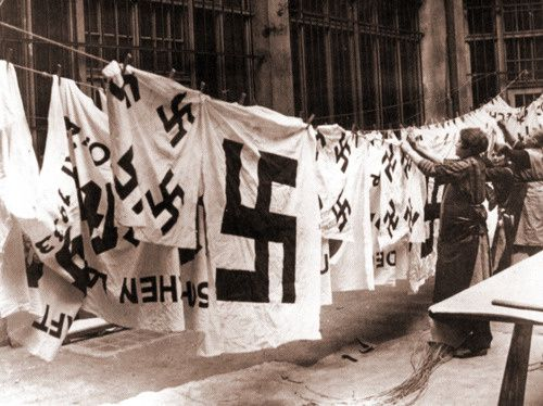 nazi-laundry-1935-source.jpeg