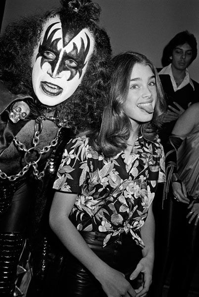 Brooke-Shields-and-Gene-Simmons.jpeg