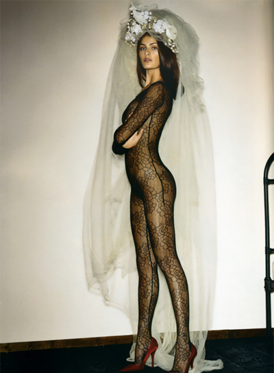 misscheriedior-Isabeli-Fontana-in-Givenchy-catsuit.png