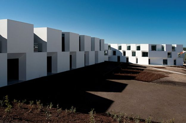 usti-mag-3-House-for-elderly-people-by-Aires-Mateus-Arquite.jpg