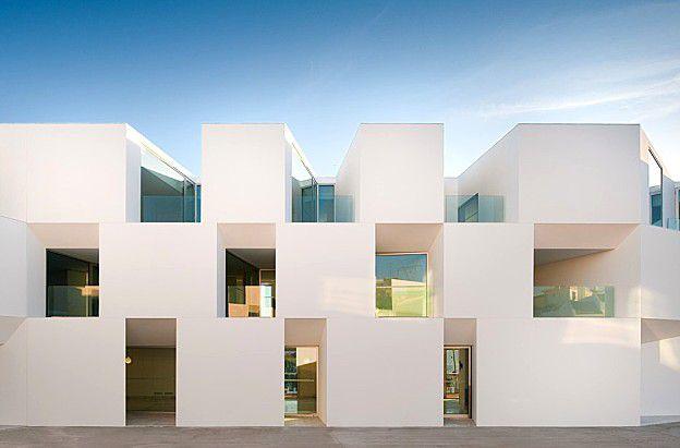 AIRES-MATEUS-lar-in-alcacer--architecture-in-portu-copie-1