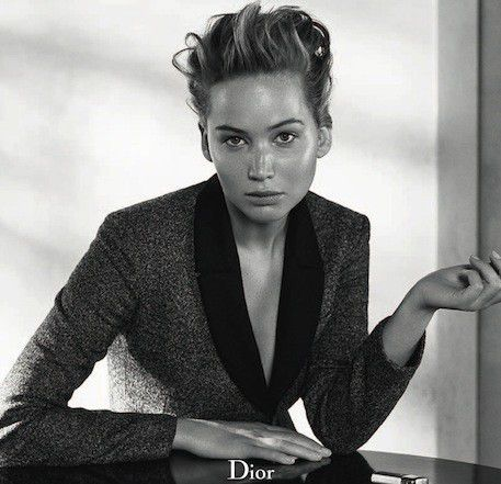JENNIFER-LAWRENCE-FOR-DIOR-CLASSIC-AND-VERSATILE-STYLE--2-.jpg