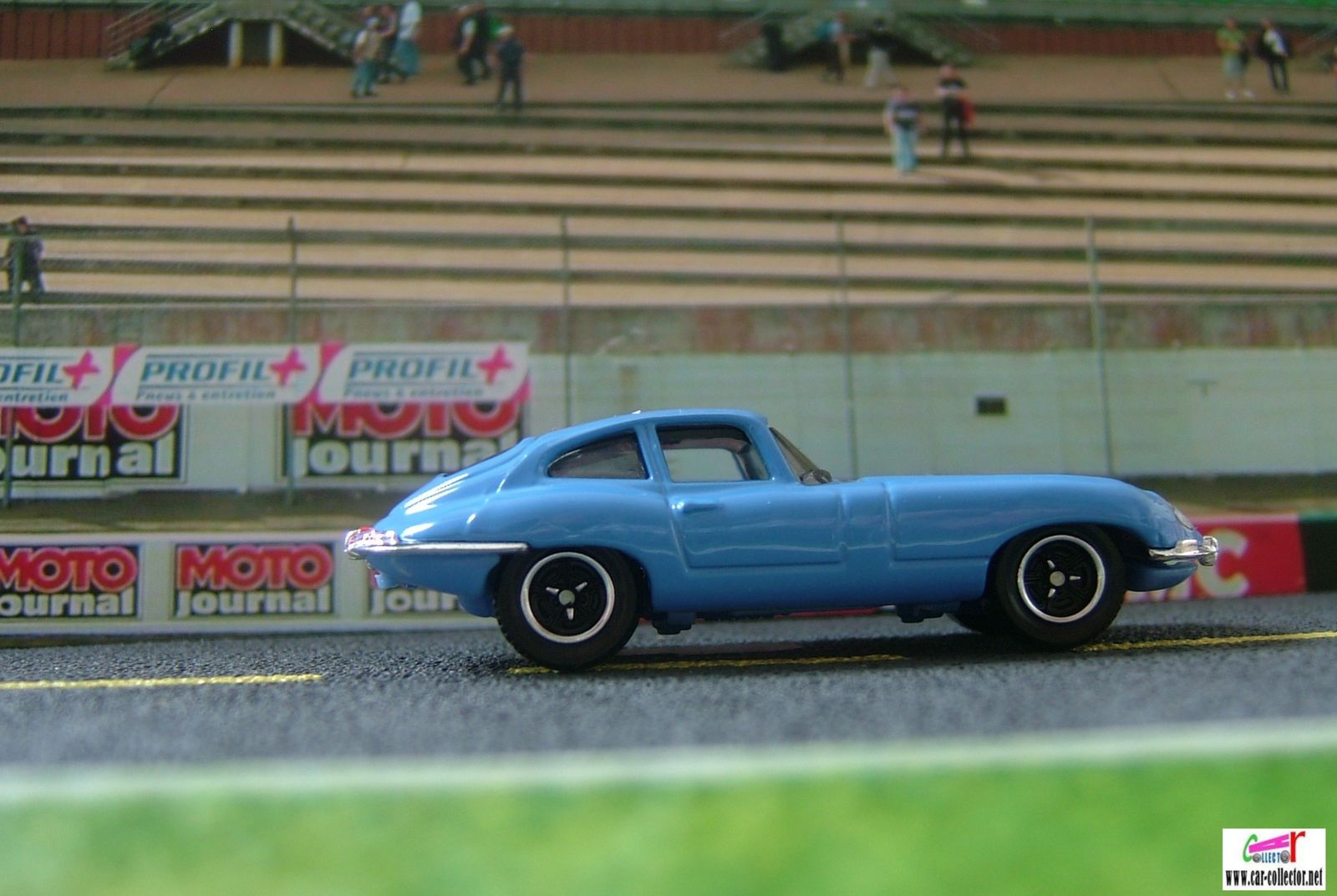 JAGUAR E-TYPE COUPE 1961 MATCHBOX 1/61
