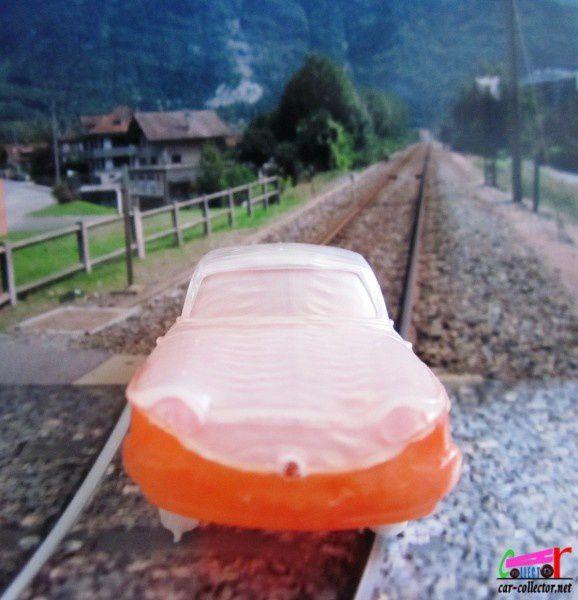 panhard-pl17-falk-plastique-surmoulage-norev (3)