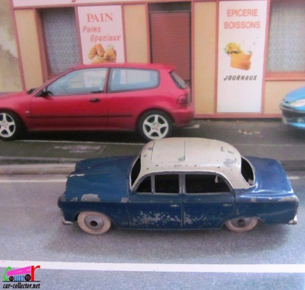peugeot-403-bicolore-quiralu-made-in-france (1)