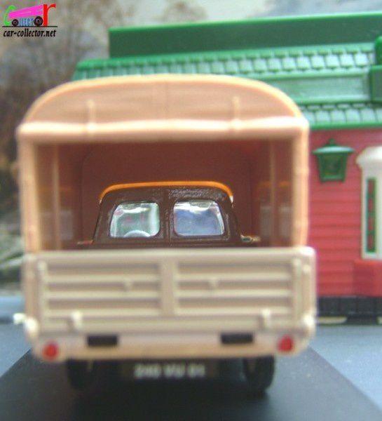 peugeot-404-pickup-bache-ref-100603